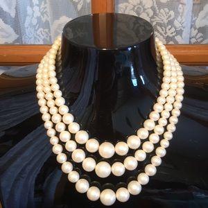 "Pearl 26"" Adjustable Vintage Faux Necklace"